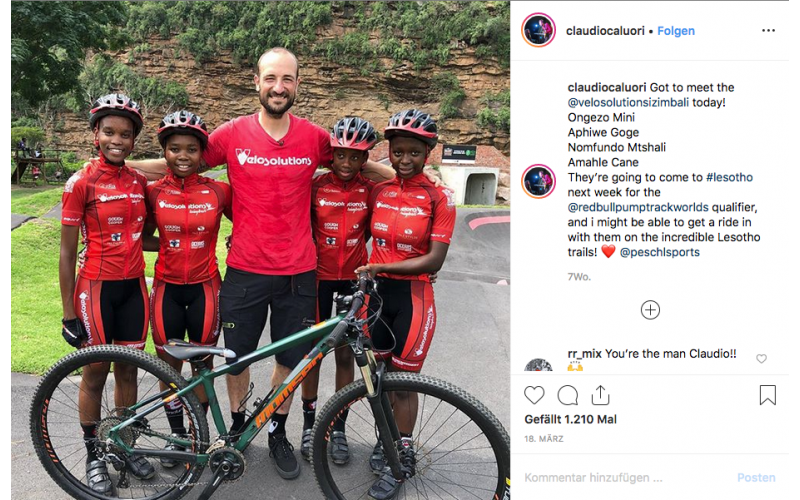 Claudio Caluori und Frauen-Bike-Team Velosolutions Izimbali