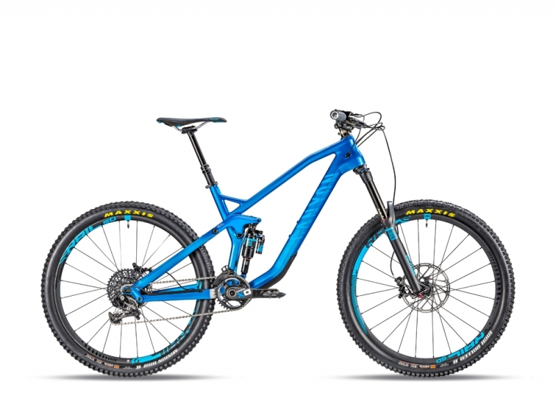 Strive CF 9.0 Race electric blue