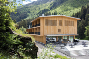 Campra Alpine Lodge & Spa